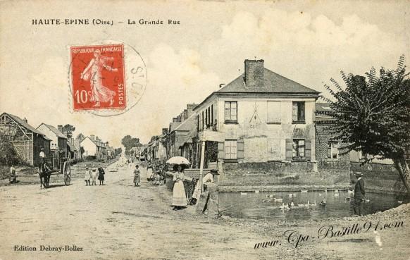 Carte Postale Ancienne - Haute Epine - La grande rue à la belle époque