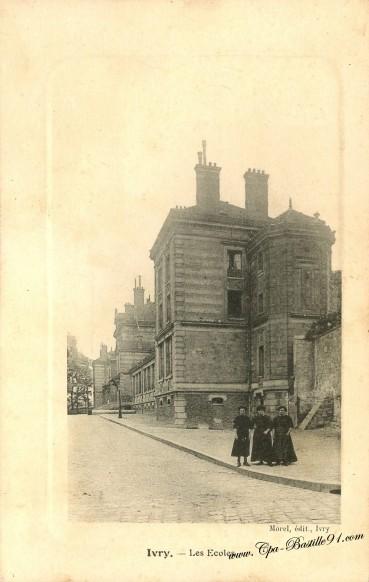 Carte Postale Ancienne - Ivry les école