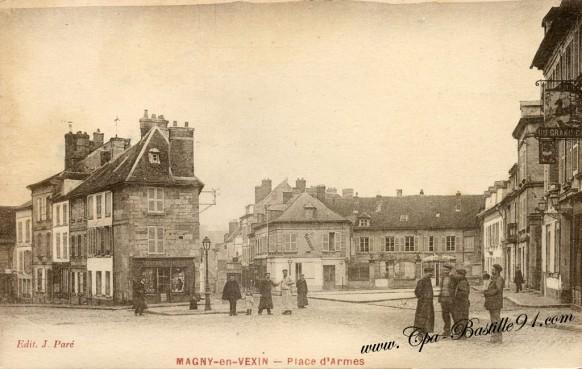 Carte Postale Ancienne - Magny-en-Vexin - La Place d'Armes