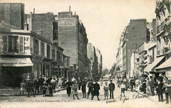 Carte Postale Ancienne - Paris - La rue de Tocqueville