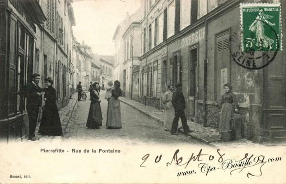 carte postale Ancienne-Pierrefitte-Rue de la Fontaine