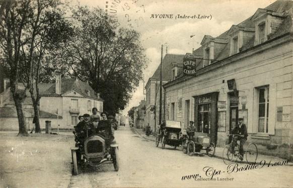 Carte Postale Ancienne - Avoine - Indre et Loire - Le café du Centre
