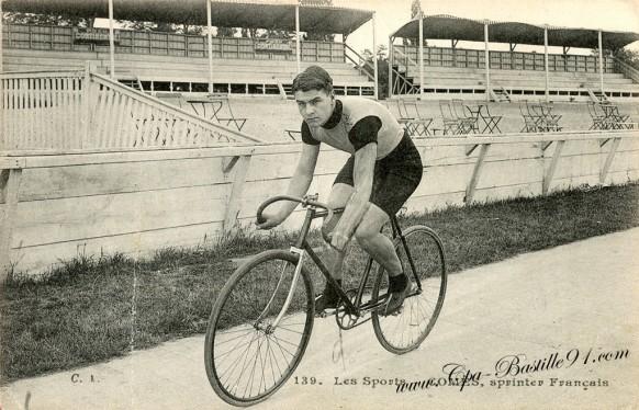 Carte Postale Ancienne - Les sports - Le sprinter Français Comès