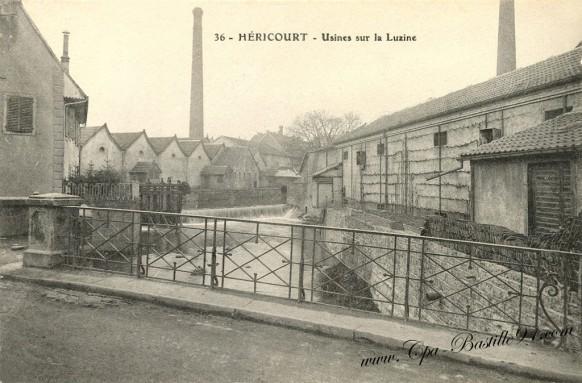 Carte Postale Ancienne - Héricourt usines sur Luzine
