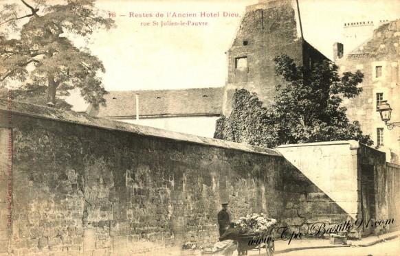 Cartes Postales Anciennes - Restes de l'ancien hôtel-Dieu - rue st-Julien le Pauvre