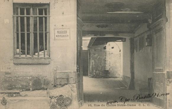 Carte Postale Ancienne - Paris - Rue du Cloitre Notre Dame - Maison du roi Dagobert