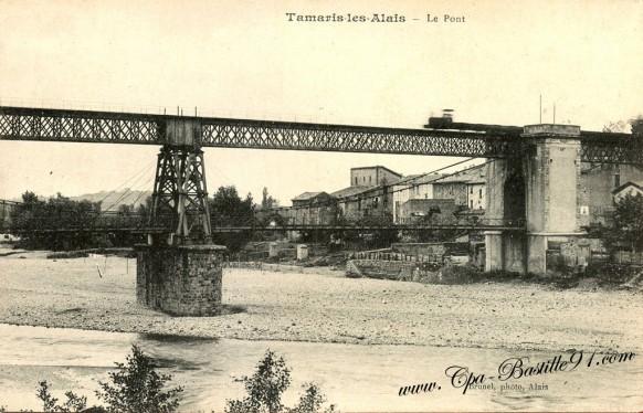 Carte postale Ancienne - Tamaris les-Alais - le pont