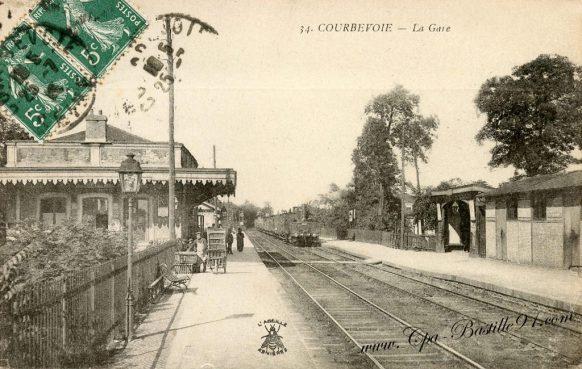 Carte Postale Ancienne - Courbevoie la Gare