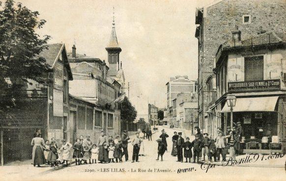 Carte Postales Anciennes - Les Lilas - La rue de l'Avenir - l'église « Notre-Dame du Rosaire » d'hier à aujourd'hui