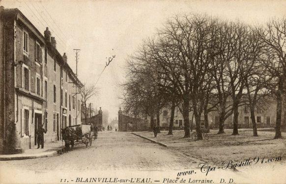Carte Postale Ancienne de Blainville sur l'Eau - place de Lorraine