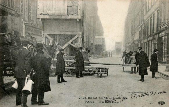 CAP de la Crue de la Seine en Janvier 1910 - La rue Saint-Honoré