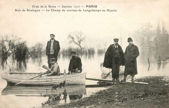 Crue de la Seine de 1910 - Le bois de Boulogne - Le Champ de courses de Longchamps au Moulin