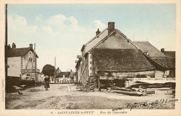 Carte Postale Ancienne de Saint léger le Petit - Rue du Cimetière