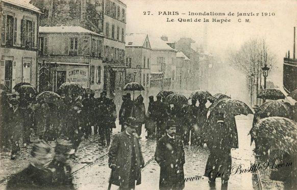 Inondation de janvier 1910 - Paris - Le Quai de la Rapée sous la neige