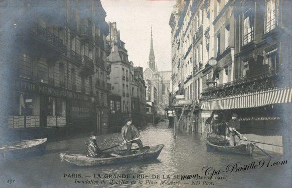 Paris - la grande Crue de la Seine en Janvier 1910 - Inondation du quartier de la place Maubert