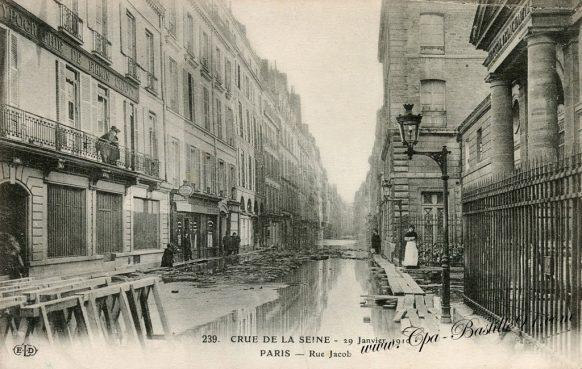 Crue de la Seine à Paris le 29 janvier 1910 - Rue Jacob