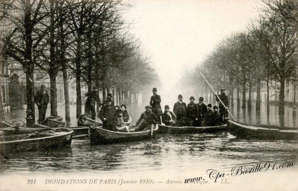Cartes postales Anciennes des Inondations de Paris janvier 1910 - Avenue Montaigne