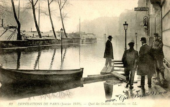 Inondations de Paris en Janvier 1910 - Quai des grands Augustins