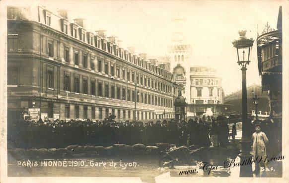 Cartes postales Anciennes de Paris Inondé en 1910 - La gare de Lyon