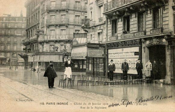 Paris Inondé - cliché du 28 janvier 1910 - Rue de la pépinière