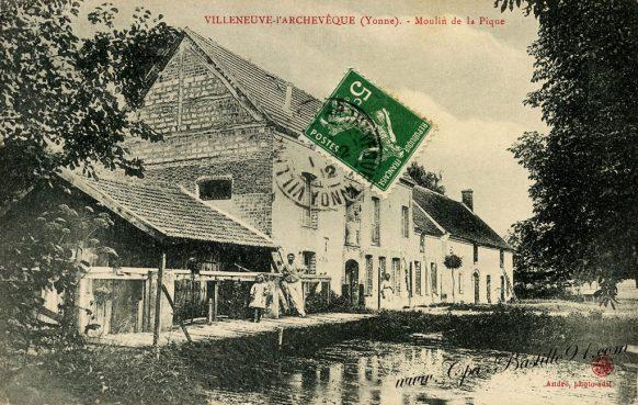 Cartes postales Anciennes Villeneuve l'Archevêque - le Moulin de la Pique