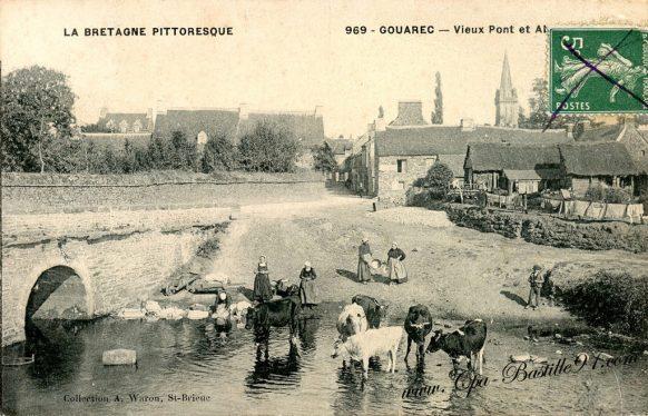 CPA - Gouarec - Vieux Pont et abreuvoir - La Bretagne Pittoresque