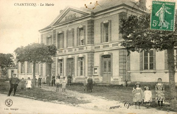 Carte Postale Ancienne de Chantecoq - La mairie