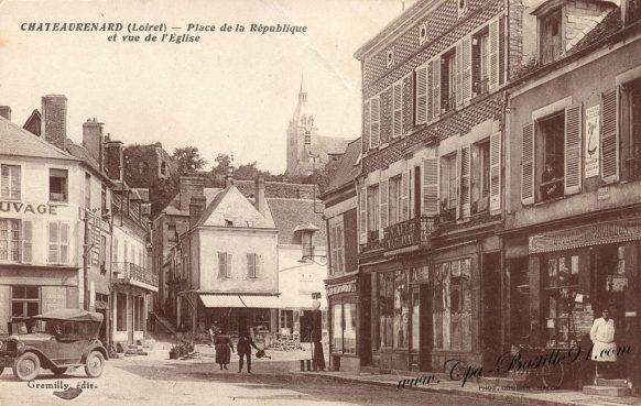 Carte Postale Ancienne - Chateaurenard place de la République