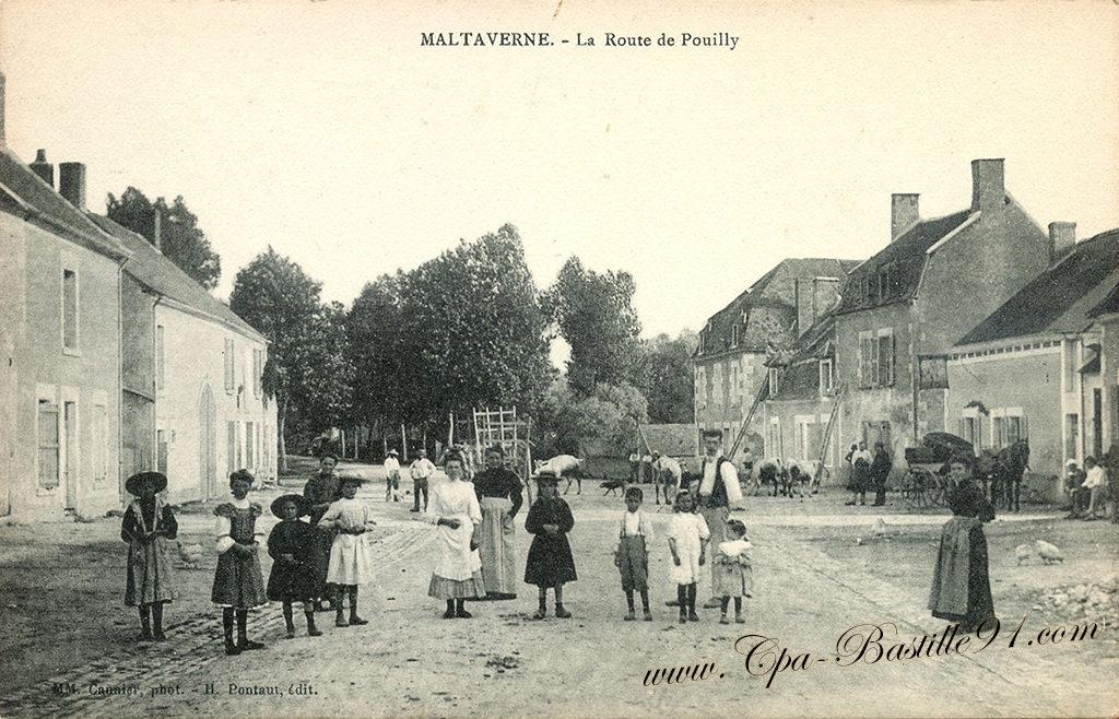 Carte Postale Ancienne de Maltaverne - La Route de Pouilly - Carte Postale Ancienne de Maltaverne - La Route de Pouilly