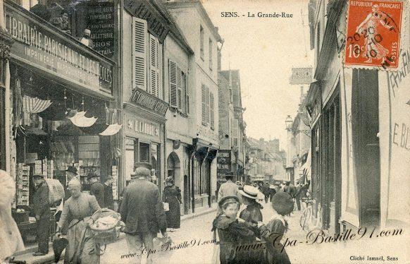 Carte Postale Ancienne-Sens-La Grande Rue