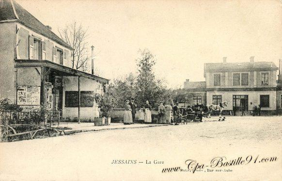 Cartes Postales Anciennes - Jessains La Gare