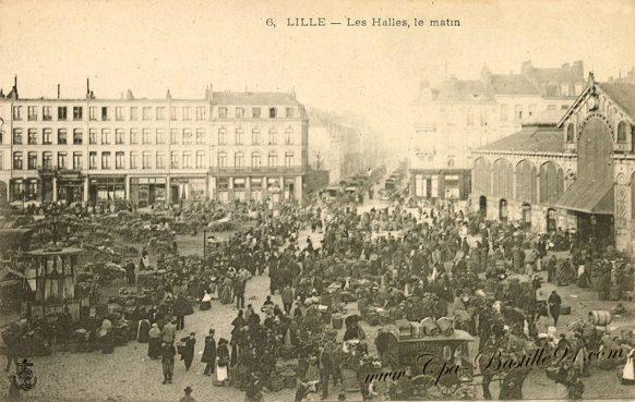 Carte Postale Ancienne de Lille - Les Halles le Matin