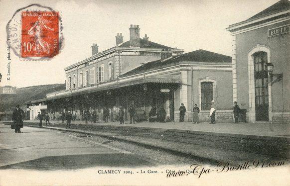 Carte-Postale-Ancienne de Clamecy en 1904 - coté des Quais