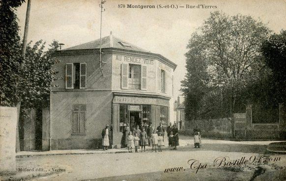 Carte postale Ancienne de Montgeron - La Rue d'Yerres