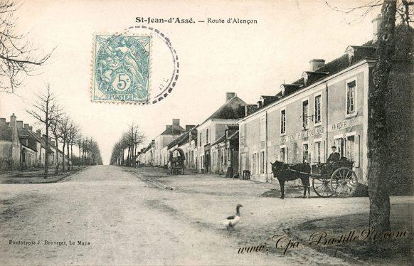Cartes Postales Anciennes de Saint-Jean d'Assé - Route d'Alençon
