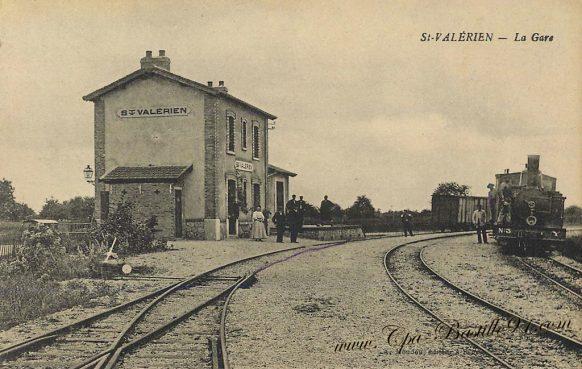 Carte Postale Ancienne de la Gare de saint Valèrien à la belle époque