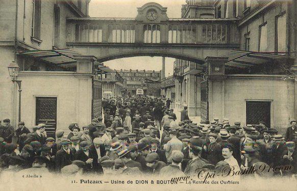 Carte Postale Ancienne de Puteaux - Usine de Dion et Bouton - La rentrée des ouvriers