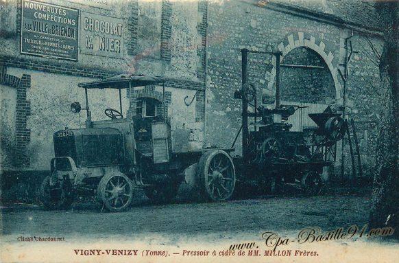 Carte Postale Ancienne de Vigny-Venizy - Le pressoir à cidre de M. MILLON