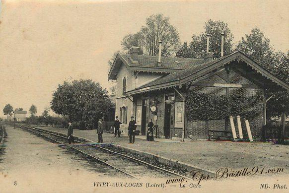 Carte Postale Ancienne de Vitry aux loges - La gare