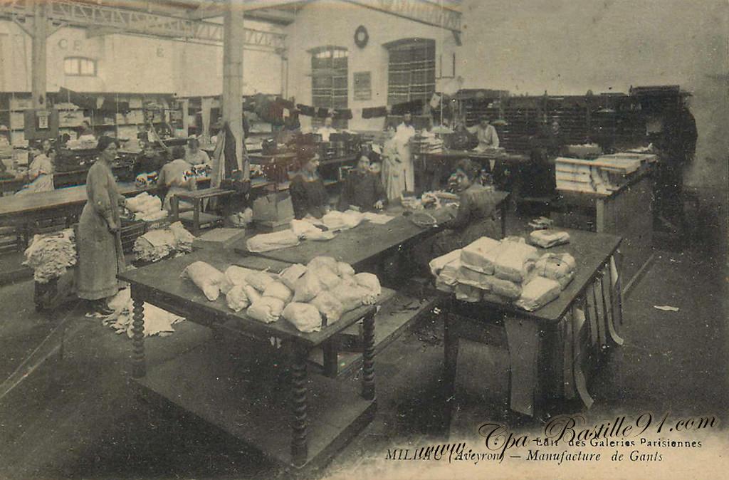 Carte Postale Ancienne de Millau - Aveyron - Manufacture de Gants