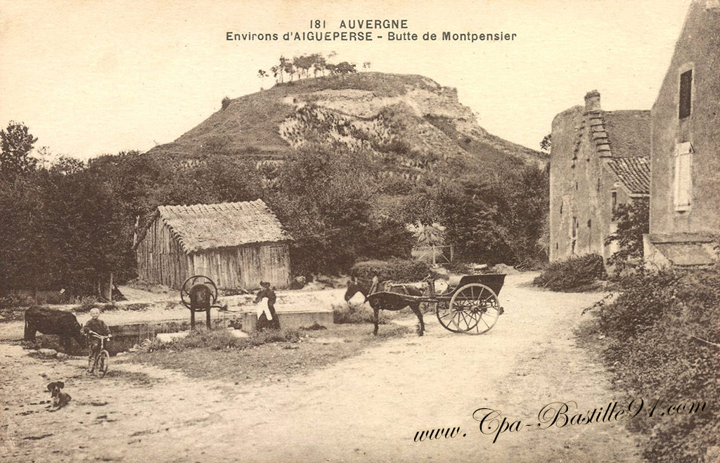Auvergne - Environs d'Aigueperse - Butte de Montpensier